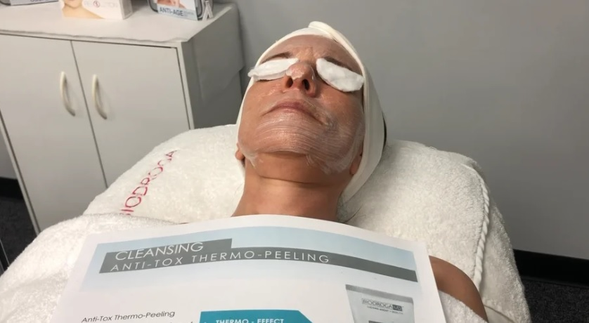 Biodroga Thermo Effect Peel with MicroLift Sheet Mask